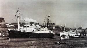 Die St. Louis im Hamburger Hafen.